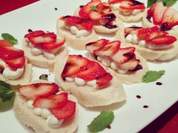 Strawberry and goat cheese crostini with a balsamic glaze. #greatsoutherncatering #foodporn  #fishhousepensacola #catering #events #pensacola #strawberries