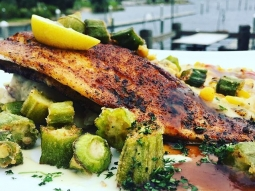 Mmmm is your stomach growling???? Come eat!!! #fishhousepensacola #pensacola #lunch #fishoftheday #lunchspecial #loveFL