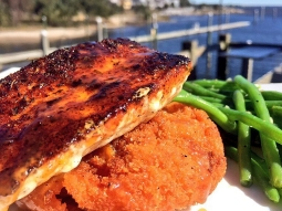 Happy Friday! Come have lunch with us at #FishhousePensacola today! Our lunch special today is blackened mahi over a fried sweet potato cake topped with sweet potato hey served with sautéed green beans and finished with warm jack Daniels glaze!