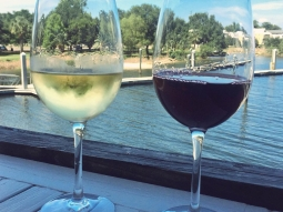 We celebrate #NationalWineDay everyday. Come drink with us ? $2 wine (and all drinks) for ladies! #ladiesnight #downtownpensacola #pensacola #pensagram #fishhousepensacola #winewednesday