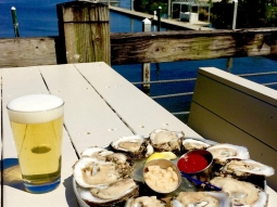 This weather + oysters + beer = the PERFECT day! Join us at Atlas tonight for Oyster Night - your first dozen raw oysters for only 25 cents each!